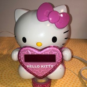 💕Hello Kitty clock radio with projector 💕